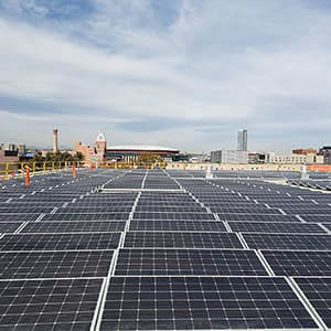 Solar panels on the roof of the Auraria Library